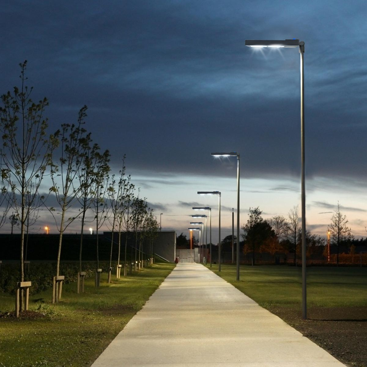 KAWELL LED Shoebox Pole Light 300W 33000 Lumen Super Efficiency 150 Lumen to Watt 5000K Bright White Replaces 900W Halide Led Parking Lot Lights Street Light FREE Dusk to Dawn Photocell Sensor light